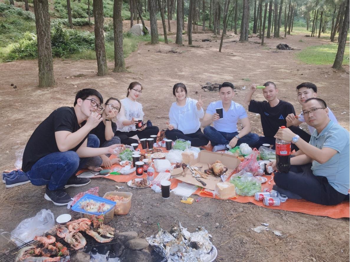 hoat-dong-cam-trai-tai-nui-ham-lon-soc-son-ha-noi-1605758192.jpg