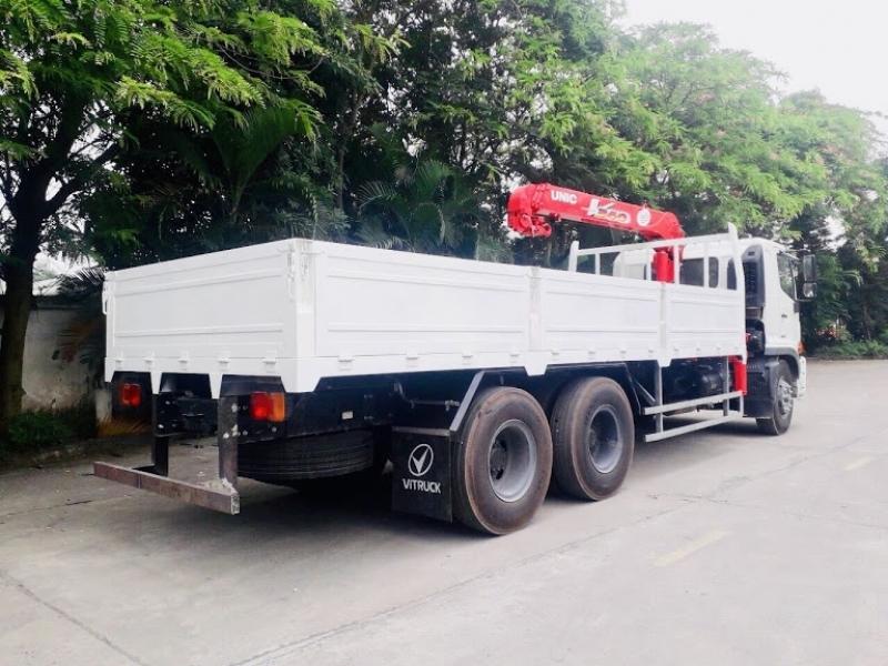 Xe cẩu tự hành 7 tấn Hino FL