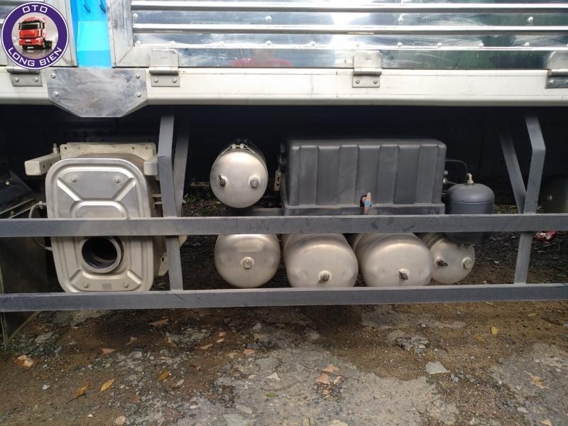 Xe nâng đầu gắn cẩu 10 tấn Dongfeng