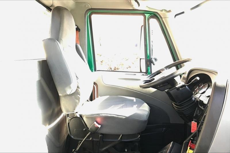 Bán xe đầu kéo Mỹ 0 giường 2021 động cơ Cummins, N13 đời mới nhất