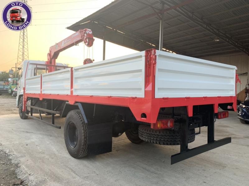 Xe tải gắn cẩu tự hành 5 tấn Dongfeng B180