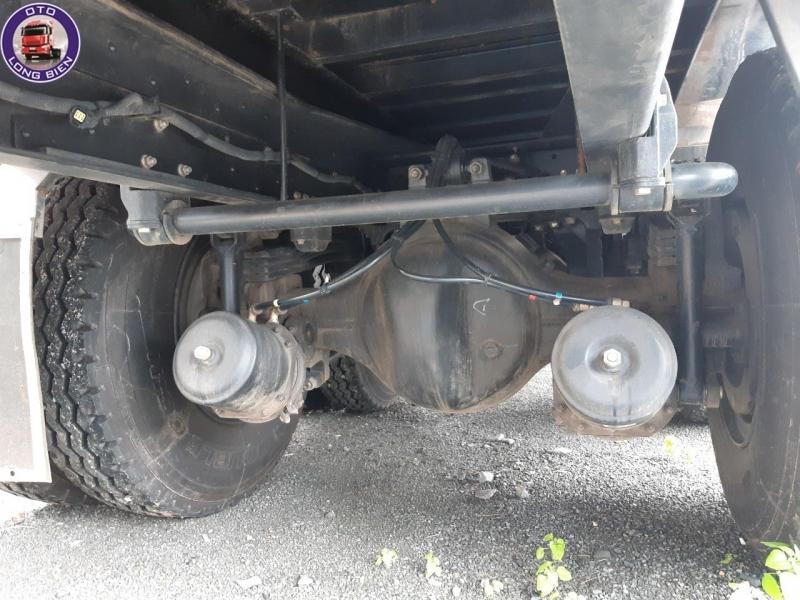 Xe cẩu tự hành 8 tấn Dongfeng 4 chân