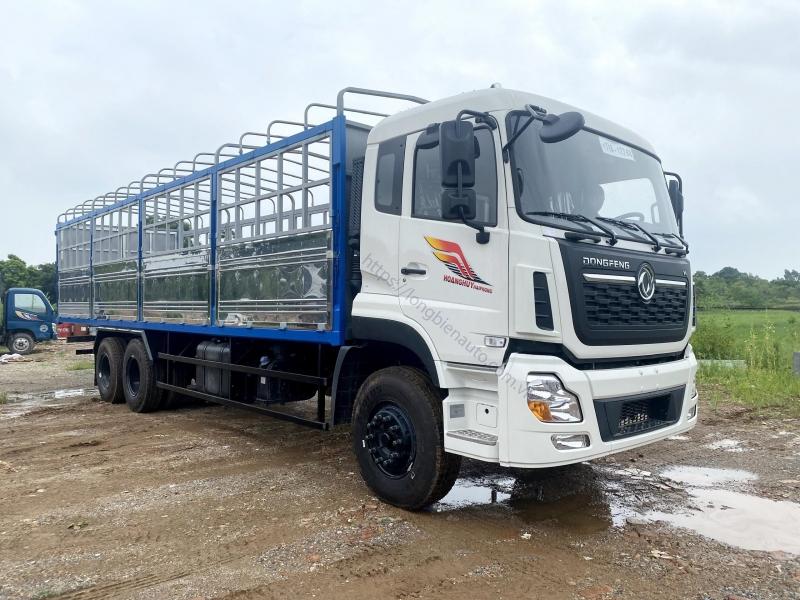 Xe tải Dongfeng 3 chân thùng mui bạt 2021