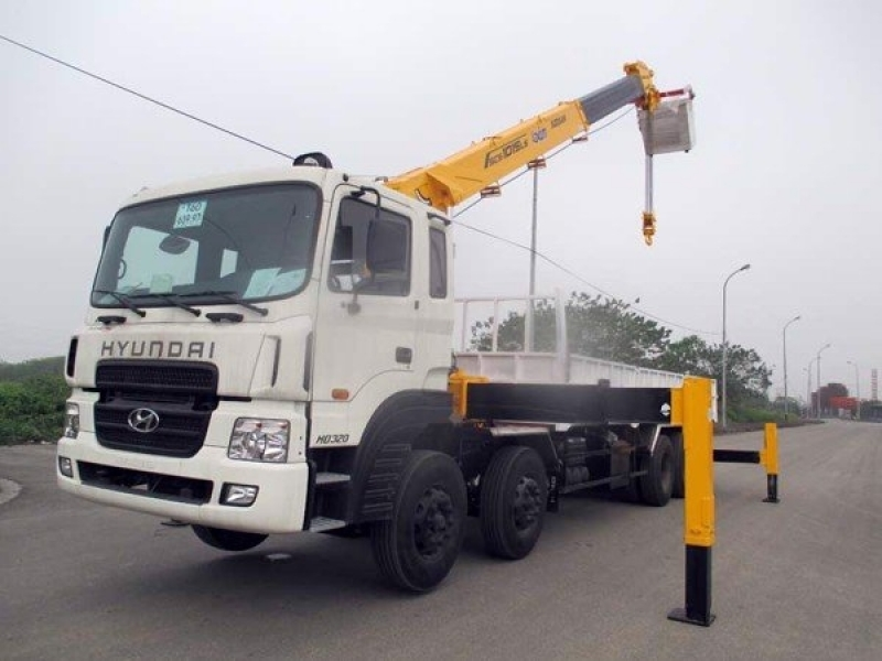 Xe tải gắn cẩu tự hành 12 tấn Mới 2021